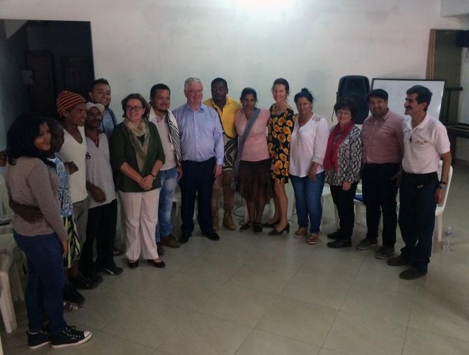 Se reúnen líderes de Curbaradó con enviado especial de la UE para el proceso de paz